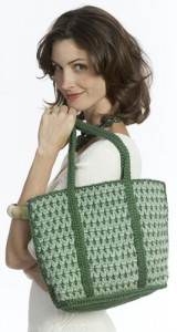 2 Tone Tote. This image courtesy of Caron Yarns.