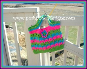 Cute Kittens Crochet Tote. This image courtesy of poshpoochdesigns.com.