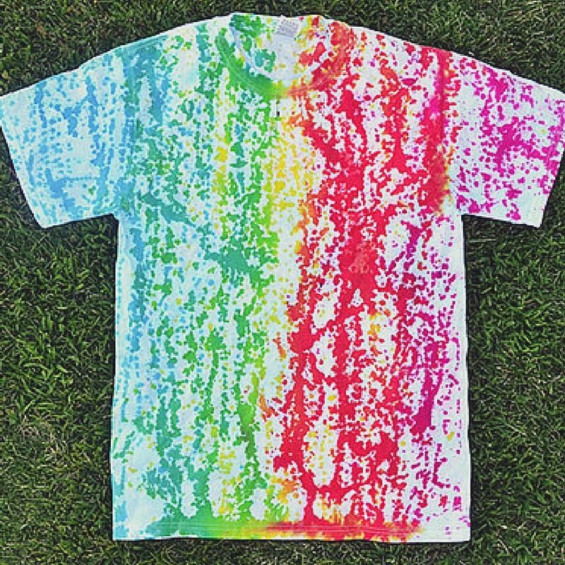 3cfc4ceddbc7 11 Beginner Tie Dye Tutorials and Tips - FaveCrafts